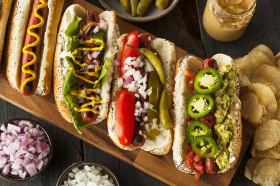 Orlen sprzedał 50 tysięcy roślinnych hot dogów we wrześniu