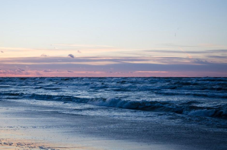 W sezonie jesiennym pobyt nad Bałtykiem kosztuje nawet o 40 proc. mniej niż w wakacje (wideo)