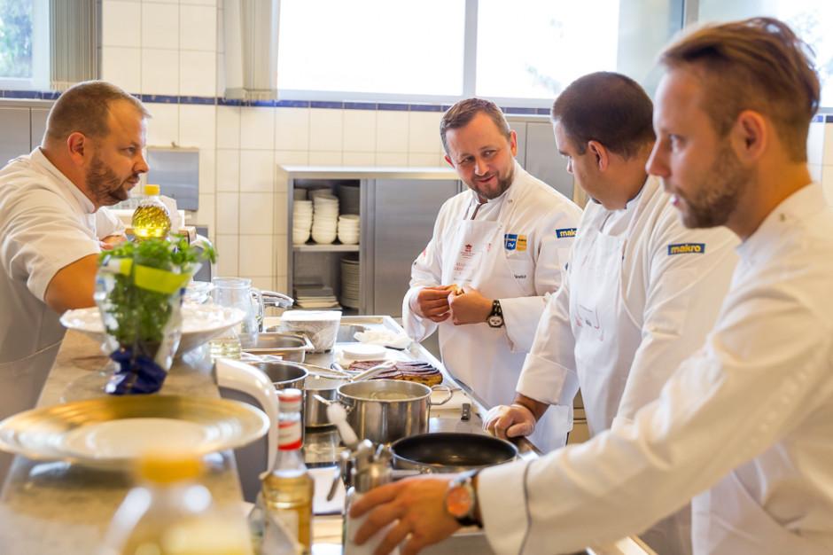 Sto restauracji świętuje stulecie odzyskania niepodległości