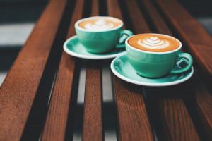 Atrapa kawiarni na dworcu w Łodzi przyciągnęła gości spragnionych kawy