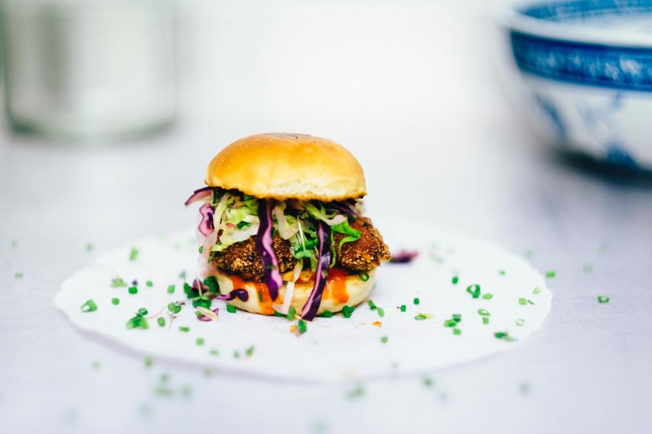 Krowarzywa serwuje burgera BezJurex - od imienia uratowanego z rzeźni byka