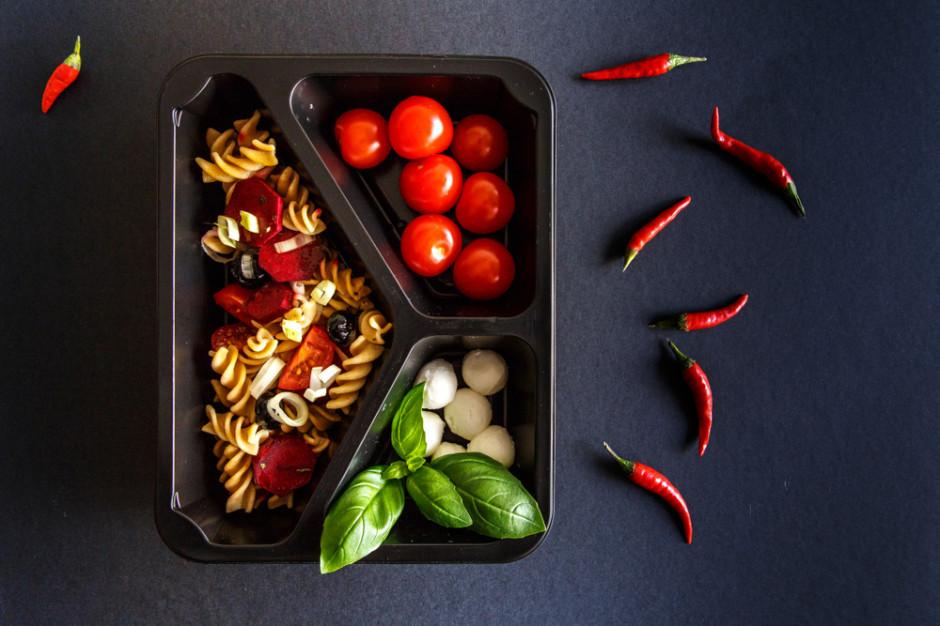 Catering dietetyczny zyskuje na niedzielach wolnych od handlu