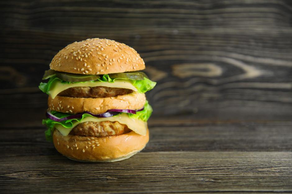 Jak Burger King wykorzystał fakt, że McDonald's stracił na wyłączność nazwę Big Mac ... (wideo)