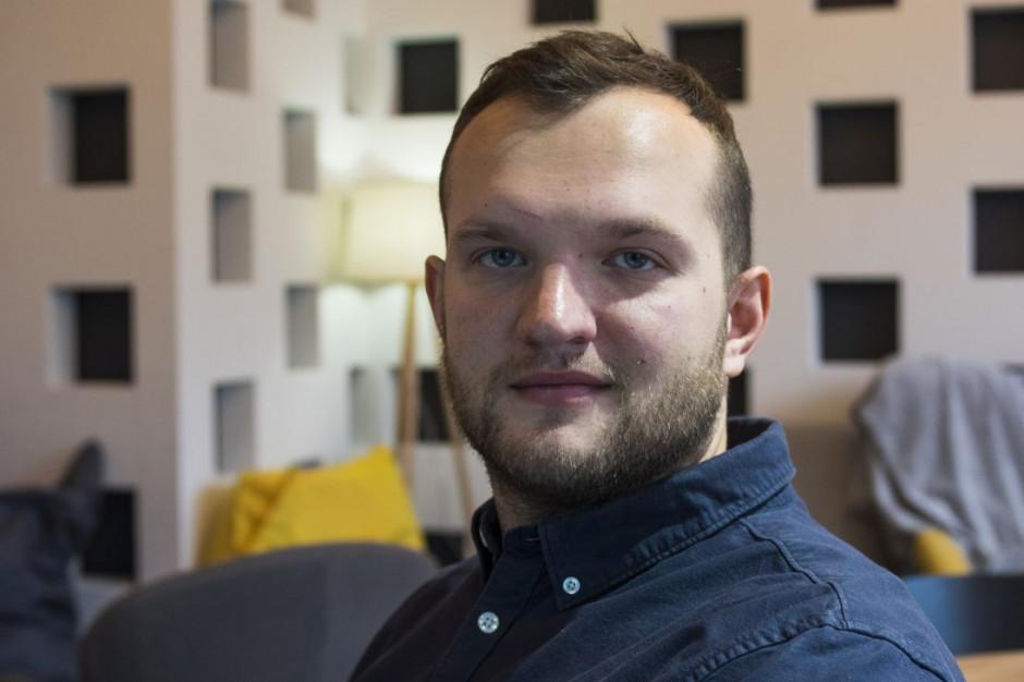 Mateusz Kwiatkowski, założyciel kawiarni #tag