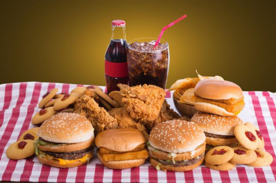 Fast food bardziej szkodliwy niż 30 lat temu?