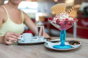 Polacy jedzą desery lodowe bez okazji i na poprawę nastroju