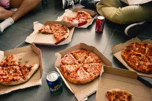 Włochy: Wykryto szkodliwą substancję w kartonach do pizzy
