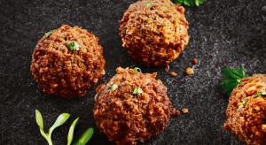 Restauracje Olimp z roślinnymi zamiennikami mięsa w menu
