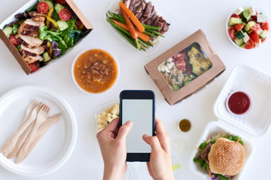 Smartfonizacja społeczeństwa ma spory wpływ na branżę zamawiania online
