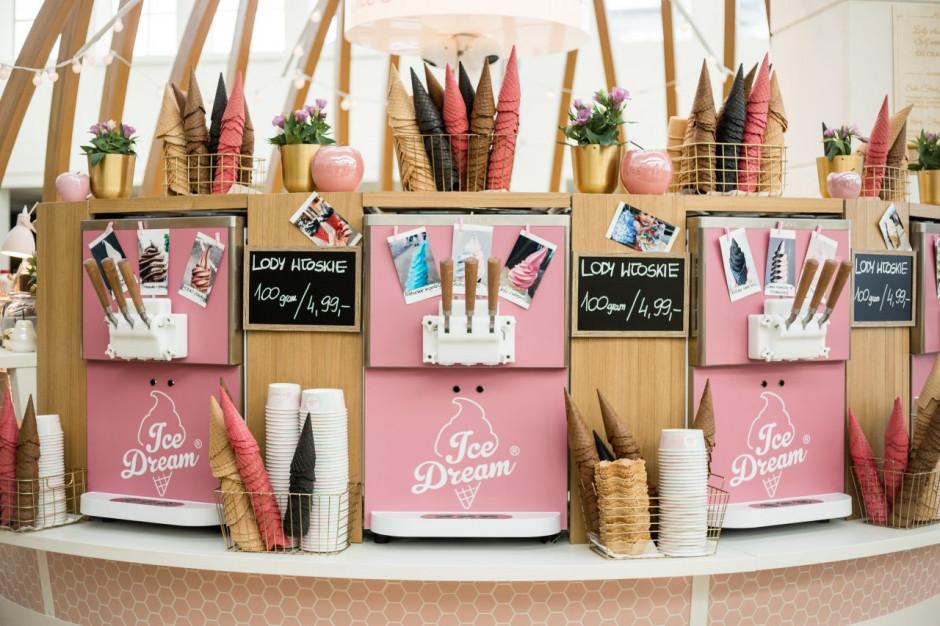 Self service gelateria - nowy pomysł na podawanie i jedzenie lodów