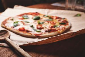 Telepizza poszerza ofertę o pizzę wegańską z hummusem