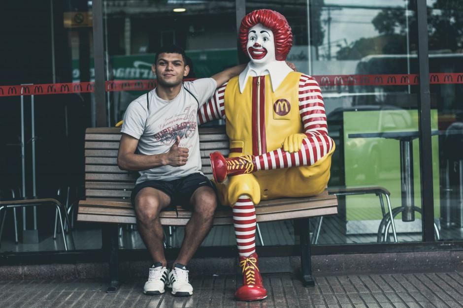 Bekon, donuty i delivery motorem wzrostu sprzedaży McDonald's