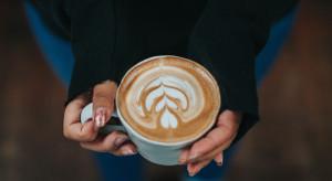 Kawa z lokalu, ale we własnym kubku jest w pełni legalna