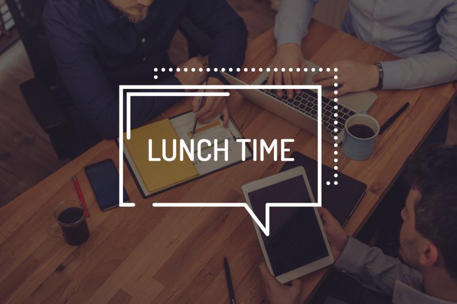 Lunch time! Gdzie stołują się pracownicy stołecznych biur?