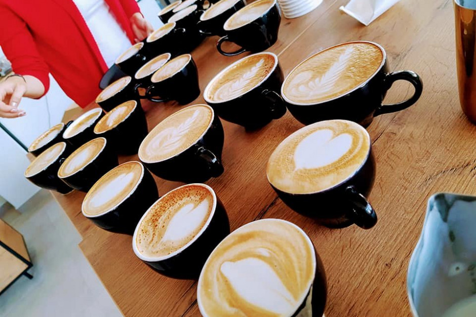 Kawiarnia the White Bear Coffee oficjalnie otwarta. W planach budowa sieci