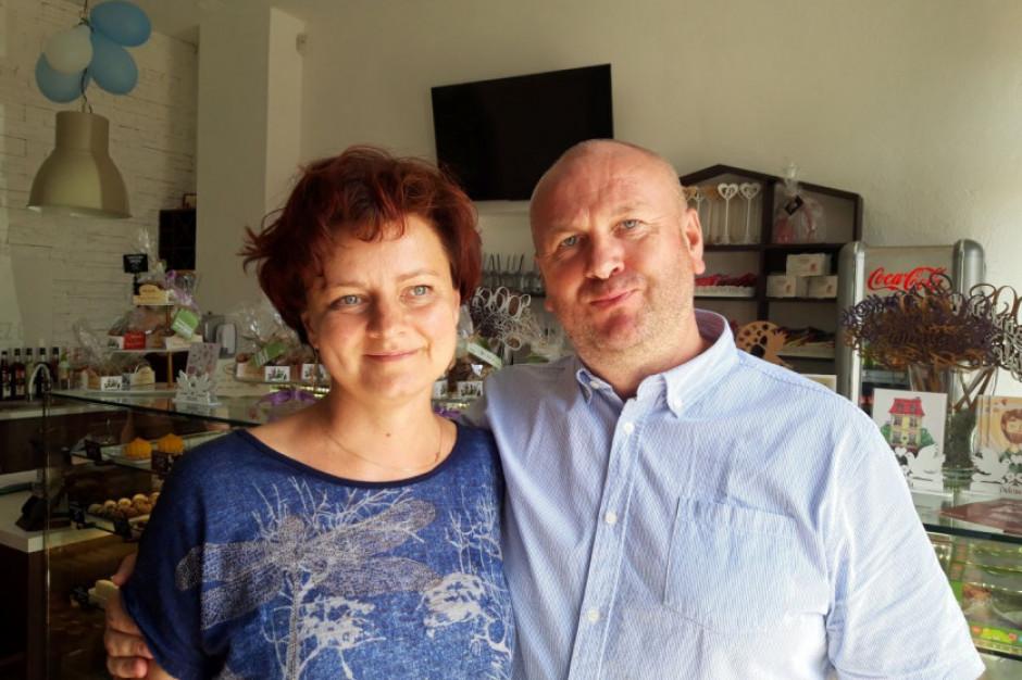 Były szef CBA otworzył wraz z żoną cukiernię z mołdawskimi przysmakami