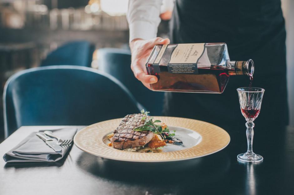 W krakowskiej Scandale Royal Resto & Vodka House - odtworzono klimat polskich restauracji z lat 30.
