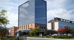 Przebudowa biurowca Projprzem Makrum na nowy obiekt Focus Hotels