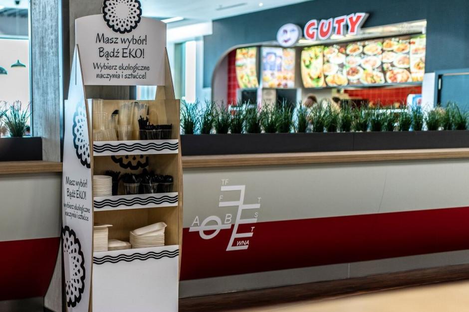 Ekonaczynia z trzciny cukrowej i skrobi kukurydzianej wkraczają do food courtu
