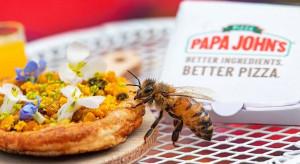 Papa John's stworzyła małą pizzę tylko dla pszczół (wideo)