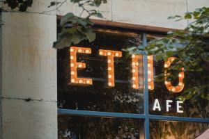 Kosmetyki z fusami kawowymi - Organique i Etno Cafe mają wspólny plan