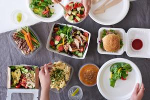Zamawianie jedzenia online pomaga żyć less waste?