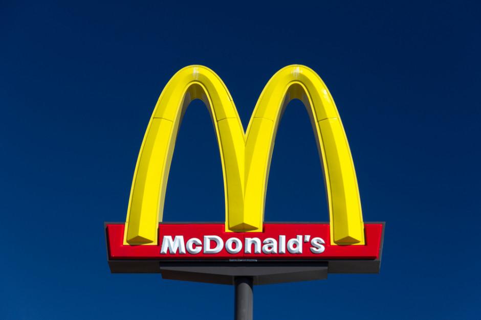 Usunięto logo McDonalds ze stawu w Łazienkach Królewskich