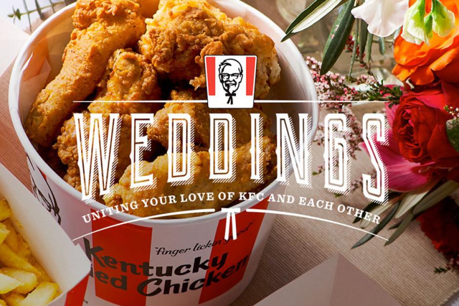 """KFC wprowadził do swojej oferty """"usługę weselną"""" (wideo)"""