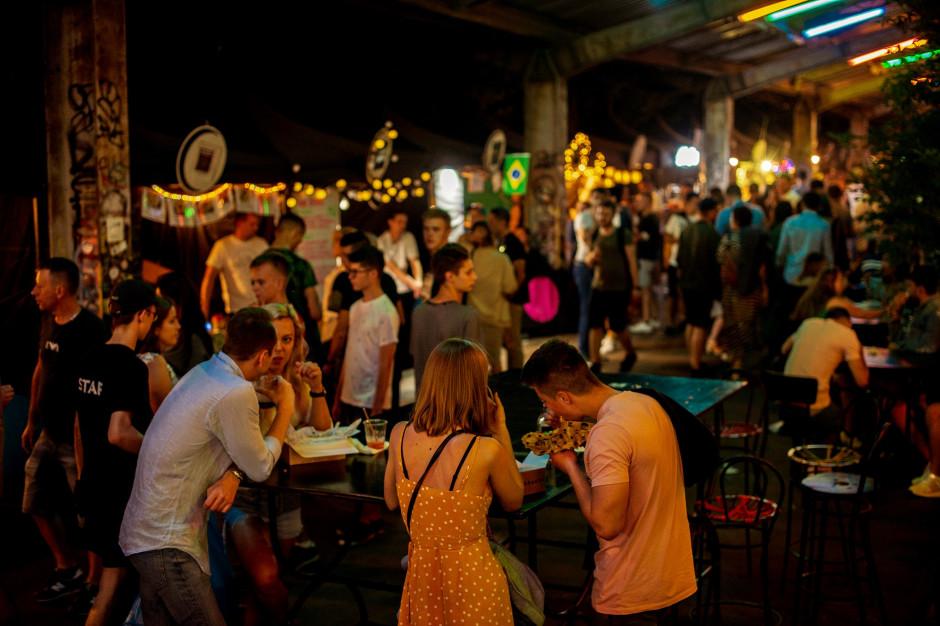 Nocny Market żegna się z czwartkowymi wieczorami!