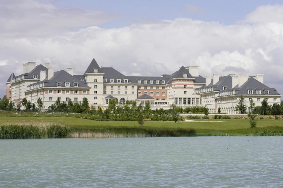 Warimpex: finalizacja sprzedaży dwóch paryskich hoteli