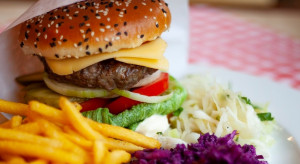 """Restauracja """"U Szwejka"""" stawia na burgery w czeskiej wersji"""