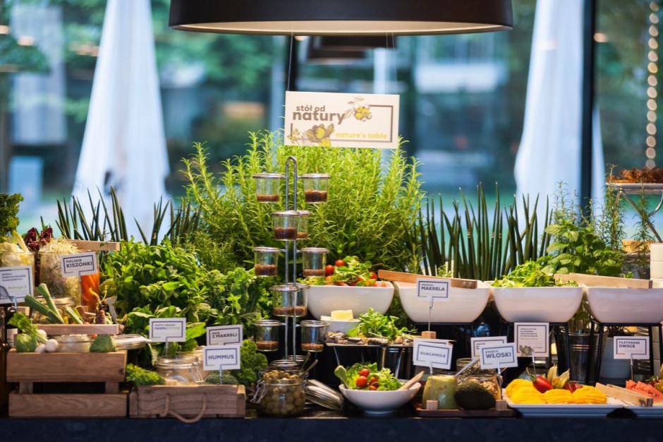 Zdrowe śniadania ważnym trendem w hotelarstwie. Q Hotel współpracuje z dietetyczką