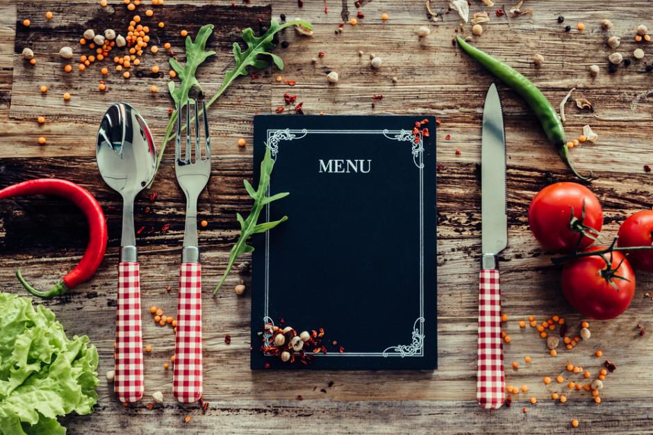 Statystyczny Polak wydaje średnio 130 zł miesięcznie na jedzenie i napoje w HoReCa (raport)