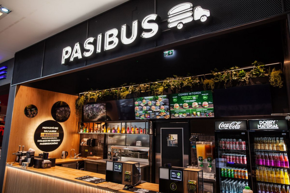 Pasibus wchodzi do Częstochowy