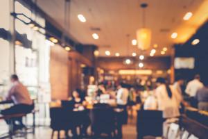 Arabia Saudyjska: Władze znoszą separację kobiet i mężczyzn w restauracjach