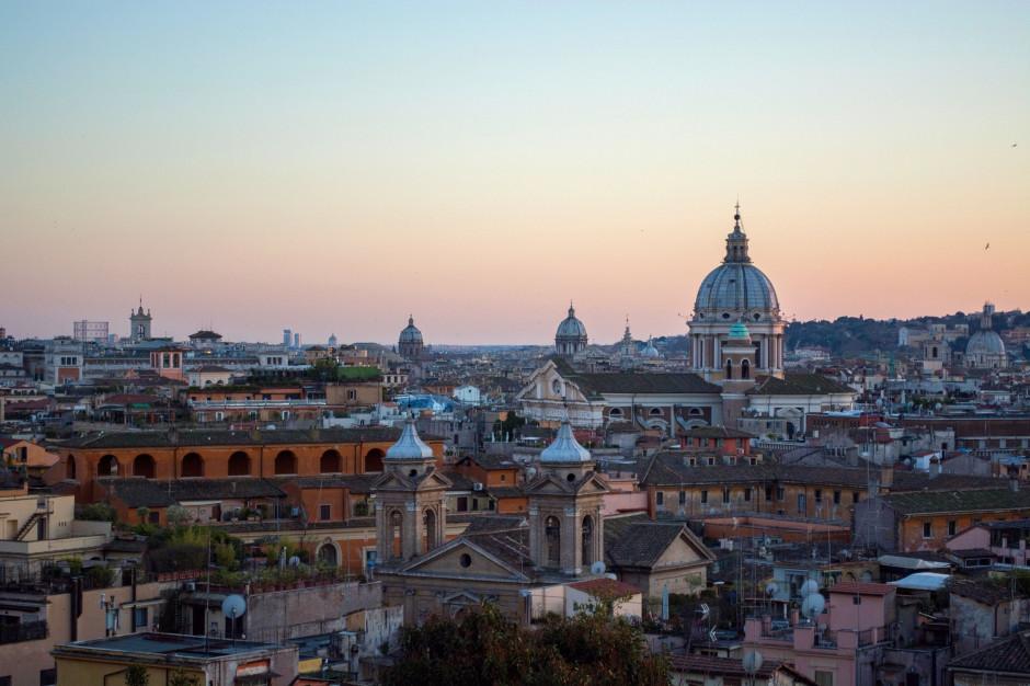 """Włochy: Trwa sądowa batalia o historyczną kawiarnię """"Caffe Greco"""" w Rzymie"""
