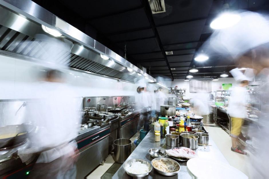 Logistyka: Jak zmienia się zapotrzebowanie restauracji przed, w trakcie i po świętach?