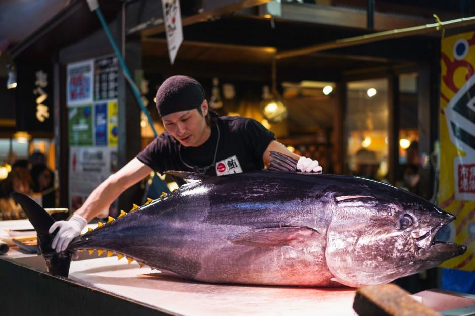 Właściciel japońskiej sieci restauracji wylicytował 276-kg tuńczyka za blisko 2 mln dol.