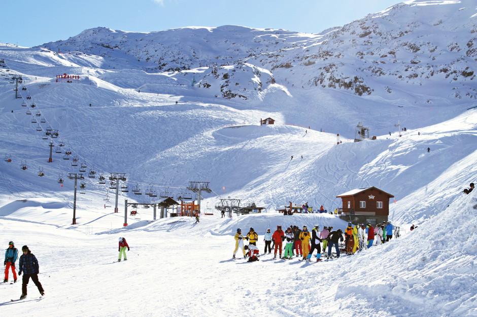 Raport: Jak Polacy wybierają noclegi zimą?