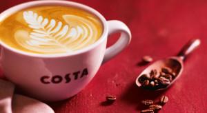 Costa Coffee: Kawy z roślinnymi napojami w zimowej promocji