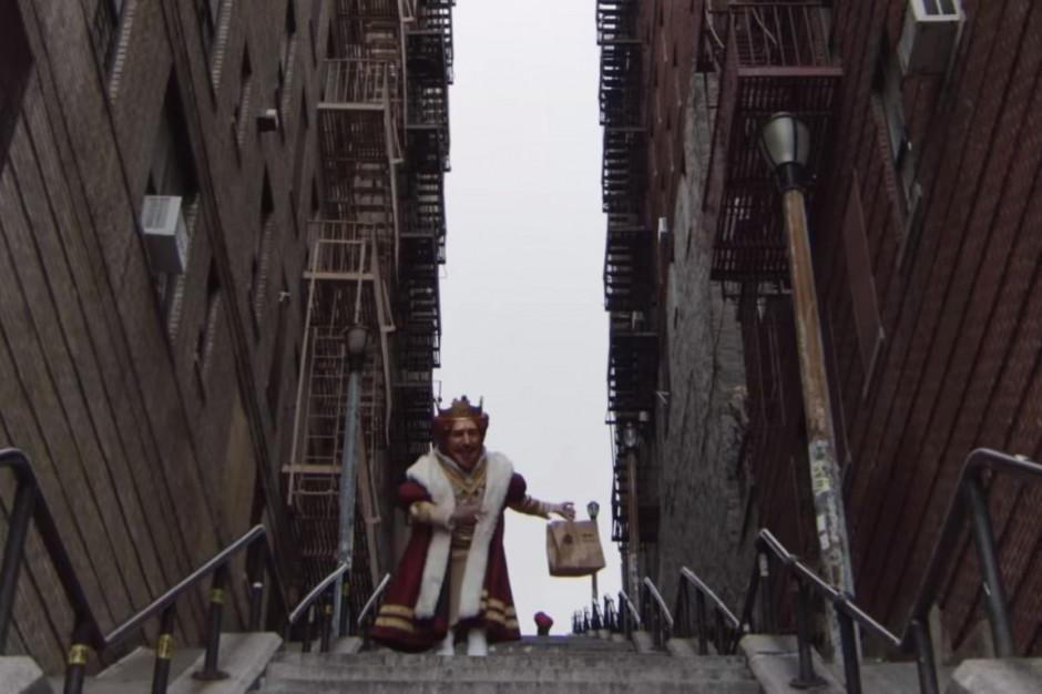 """Burger King z Uber Eats wykorzystuje w kampanii słynne schody z filmu """"Joker"""" (wideo)"""