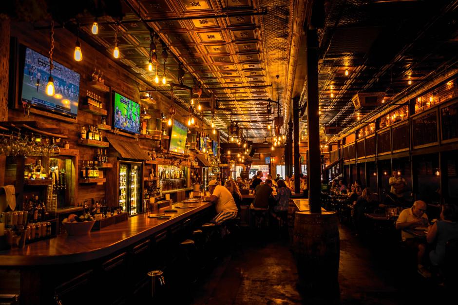 Wielka Brytania: Po raz pierwszy od ponad 10 lat wzrosła liczba pubów i barów