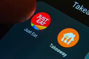Połączenie Just Eat z Takeaway.com wstrzymane przez urząd ds. konkurencji