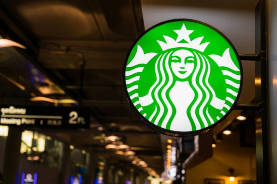 Starbucks zamknie połowę kawiarni w Chinach