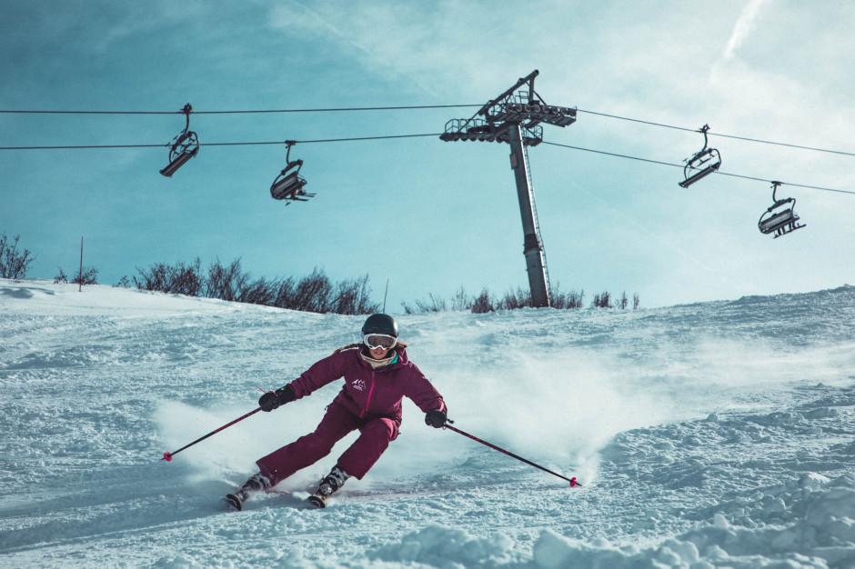 W tym roku Polacy 3-krotnie częściej wyjeżdżają na narty za granicę