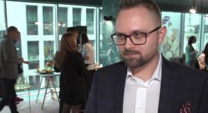 40 proc. Polaków deklaruje, że kupuje zdrową żywność przynajmniej raz w tygodniu