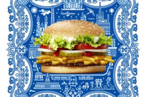 Whoppyr, czyli burger z pyrami, lokalną atrakcją Burger Kinga