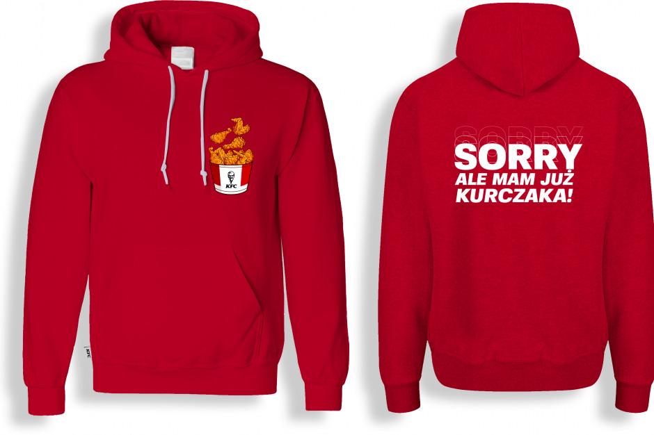 KFC z nietypową kampanią. Limitowana kolekcja bluz na Dzień Singla