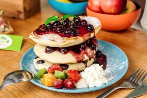 Dzisiaj Dzień Naleśnika. Uber Eats: Polacy pokochali pancakes!