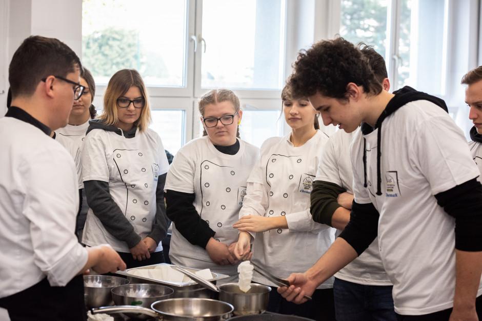 Dla młodych osób rozważających pójście do szkoły gastronomicznej gotowanie powinno być przede wszystkim pasją; fot. Makro Polska